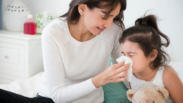 6 Ways to Soothe a Sick Toddler