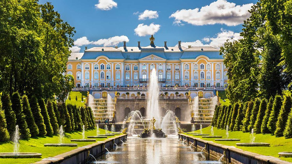 Here's How You Can Travel to the Cultural Capital of Russia