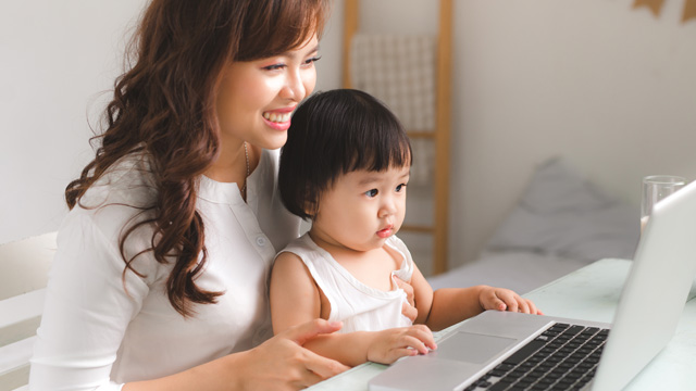 How to Deal With Work-Life Balance When You're a Work-at-Home Mom