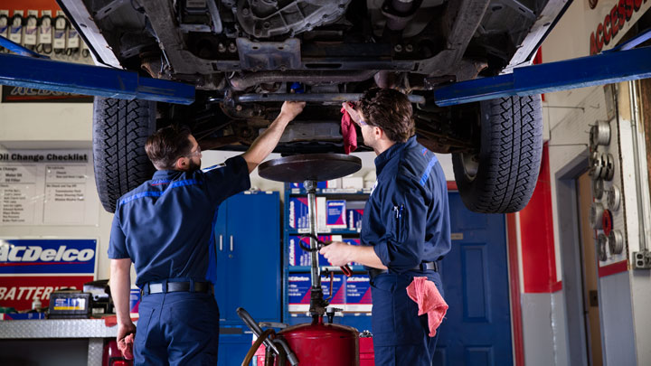 The 7 most common car problems encountered during long