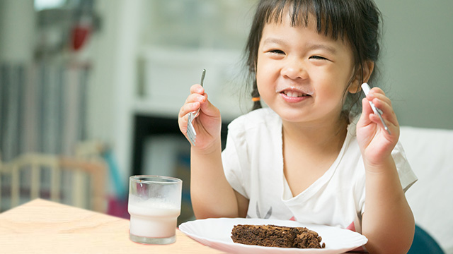 4 Simple, Yummy Desserts For Your Chocolate-Loving Kid