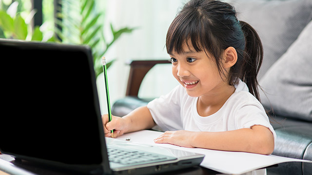 5 Ways To Help Children Handle The Pressure And Stress Of Online Learning