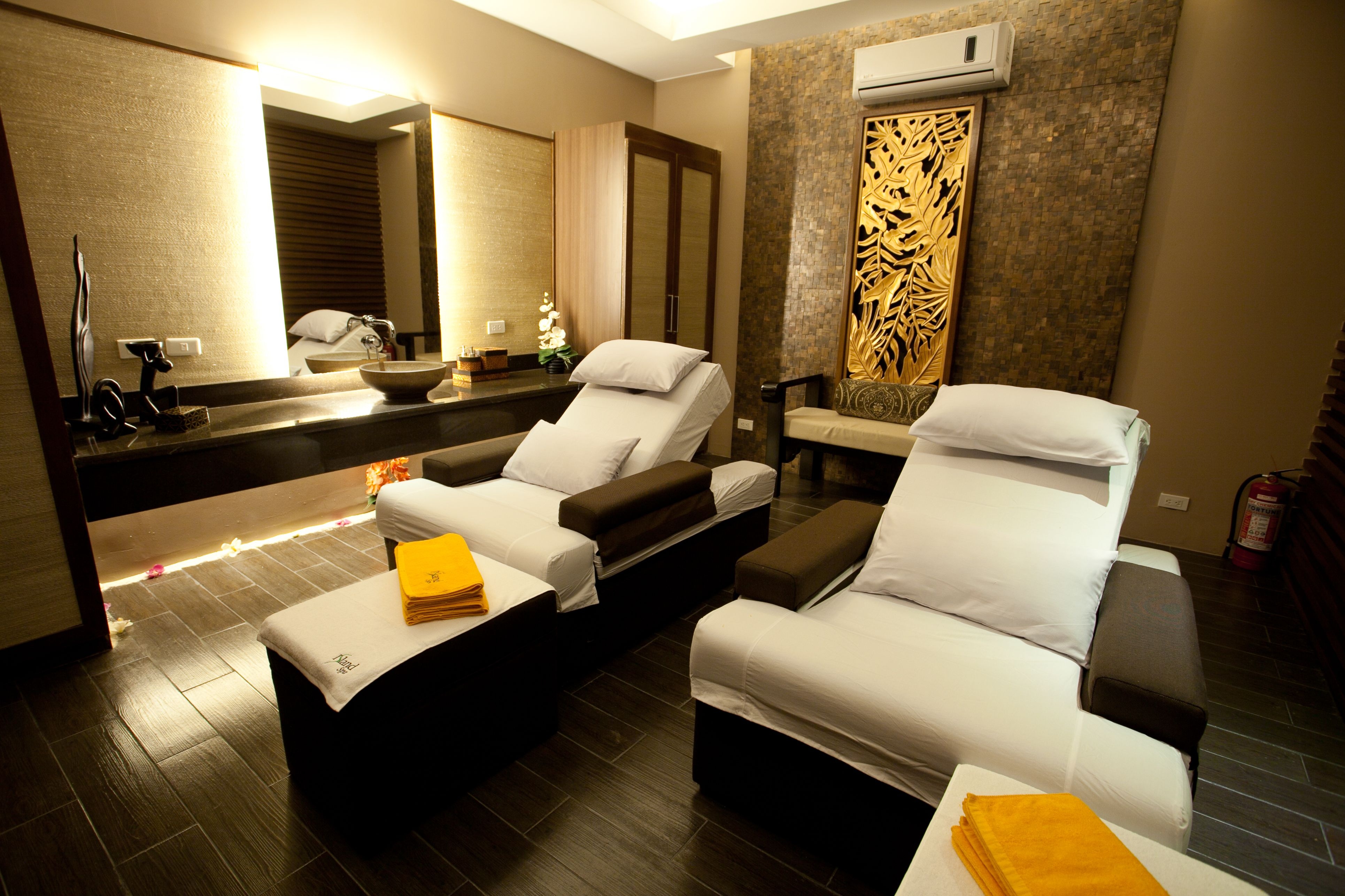 A Hip, Urban Staycation at Resorts World Manila!