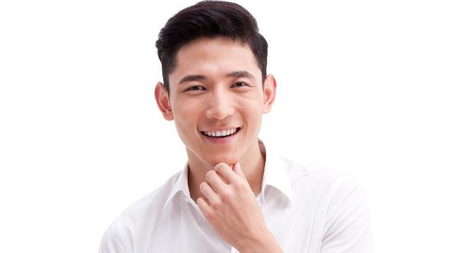What Do Women Prefer: A Good Looking or A Nice Smelling Man?