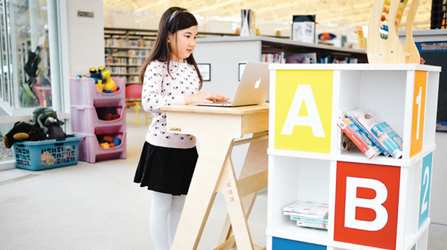 Students Think Better When They're on Standing Desks, Says Study
