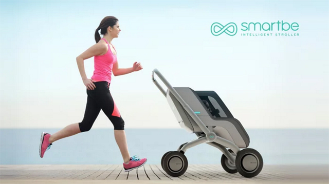 There's Now a Stroller that Pushes Itself!