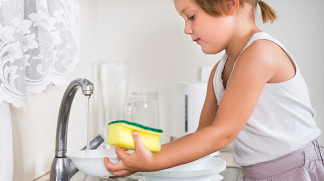 Why You Shouldn't Clean Baby Bottles with the Kitchen Sponge