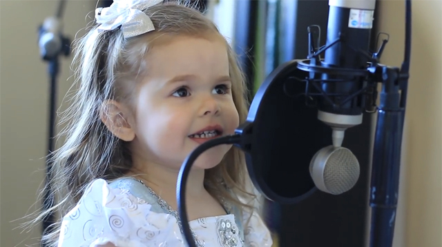 This Made Our Day: Adorable 3-year-old Sings Little Mermaid's Part of Your World Perfectly