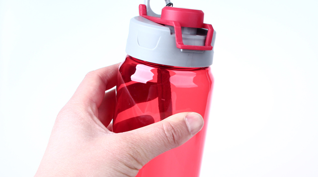 """BPA-free"" Plastic Isn't as Safe as You Think, Study Shows"