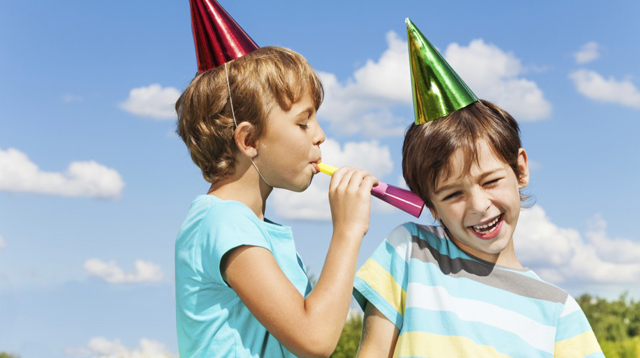 11 Kid Party Etiquette Dilemmas, Solved!