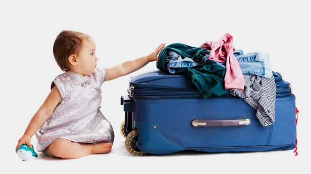 7 Strategies on How to Pack Light When You Have Baby With You