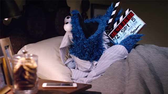 Cookie Monster's Apple Commercial Has the Funniest Outtakes!