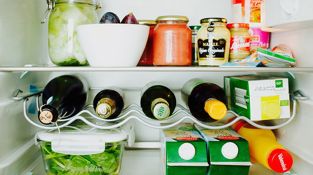 A Simple Cleaning Guide for Your Refrigerator