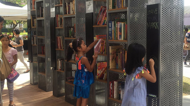 You Have to Check Out This Pop-Up Library!