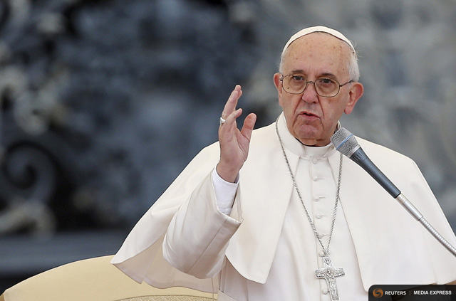 Pope Francis Advises Parents to Ban Phones from the Dinner Table