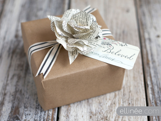 17 Beautiful Gifts Wrapped Using Materials You Already Have At Home Sp