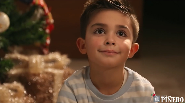 This Made Our Day: The Magic of a Smile at Christmas Time