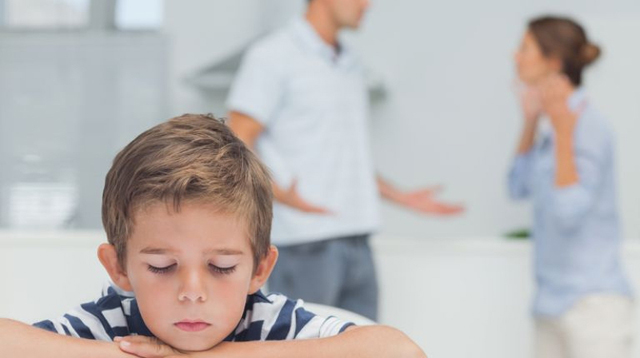 "Your Kids Don't Want You to Stay Together ""For the Sake of the Children"", Survey Shows"