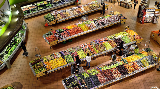 Shop at a 2,000-Sqm Supermarket on Your Smartphone