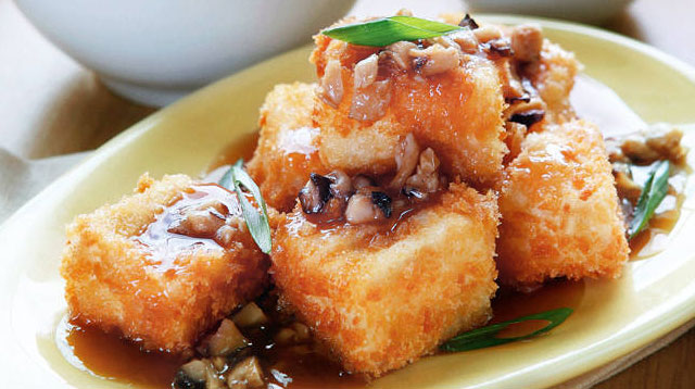 Want to Ease Up On the Meat? Try Crunchy Tofu Steak and Mushrooms