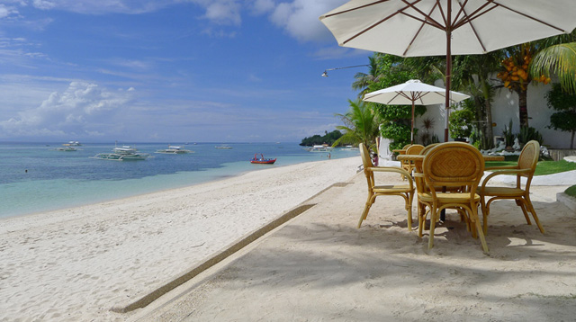 Vacation on a Budget? 7 Resorts Under P3,300 In Popular PH Destinations