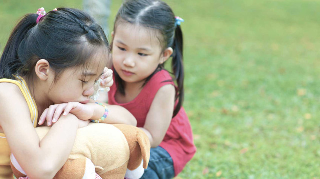 6 Ways to Raise Kind and Caring Children