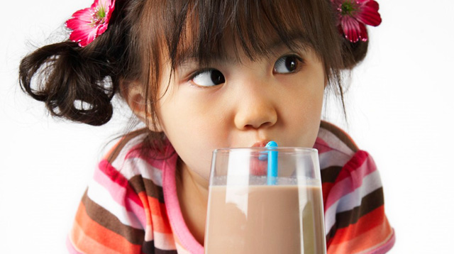 5 Realistic Ways to Reduce the Added Sugars in Your Child's Diet