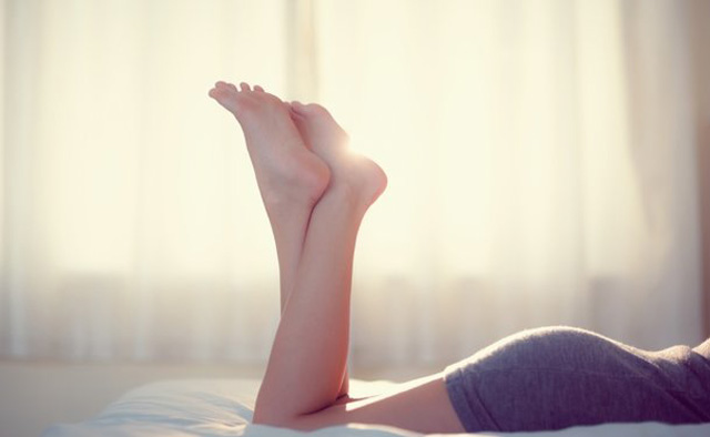 8 Treatments for Varicose Veins, According to Experts