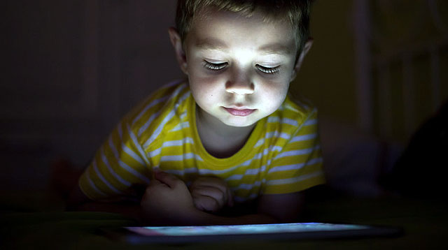 Even When Not In Use, Gadgets Can Cause Poor Sleeping in Kids
