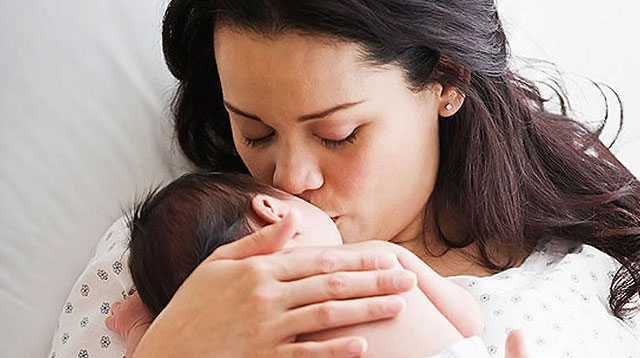 A Study Suggests New Moms Need a Year to Fully Recover After Childbirth