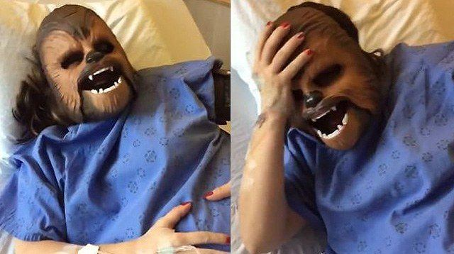 Woman in Labor Wears Chewbacca Mask -- And It's Hilarious!