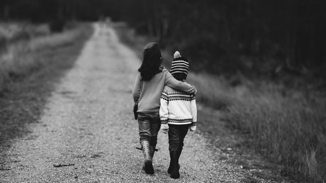 5 Ways to Teach Your Child to Be Open-Minded Toward Others