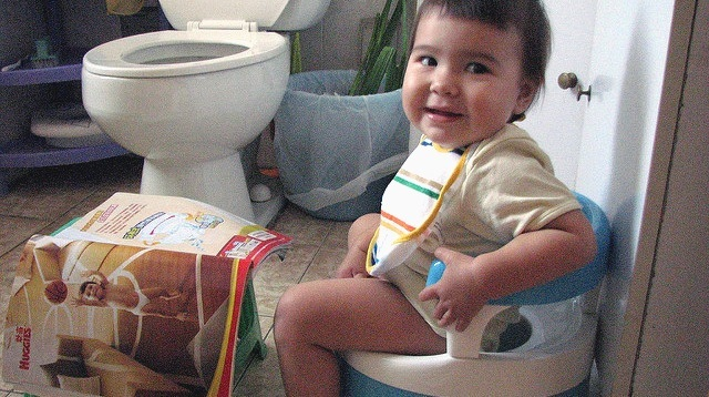 How Vietnamese Moms Potty Train Their Babies by 9 Months Old