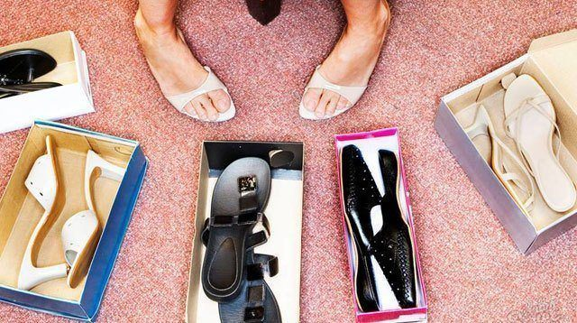 5 Essential Pairs of Shoes A Woman Will Ever Need