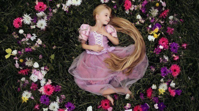 This Mom Takes Her Daughter's Princess Photo Shoot to Another Level!