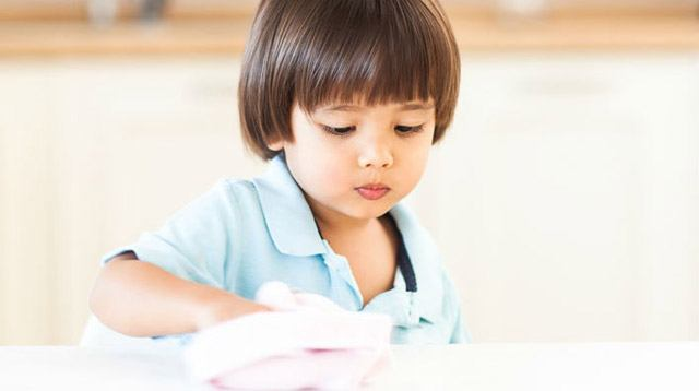 A Guide to Chores You Can Give Your Kids From Age 2 to 7 Years Old