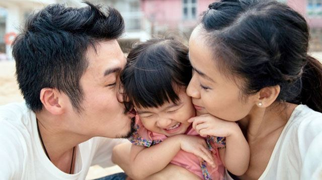 Thank the Kids! Moms and Dads Live Longer, Says This Study