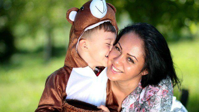 One Mom Asks: Is It That Bad to Be Just an 'Average Mom'?