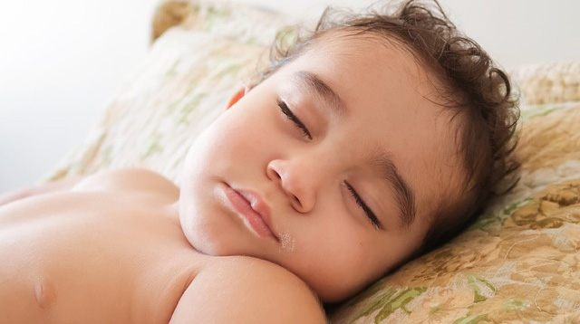 This Type of Thermometer Shouldn't Be Used on Babies 6 Months and Below, Says Pediatrician