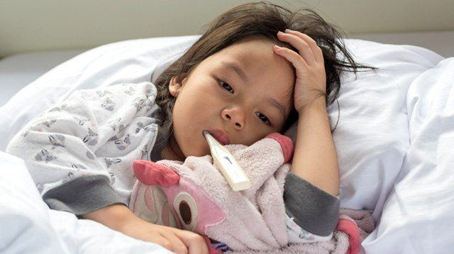 Kailangan Ba Pagpawisan? How to Safely Manage Your Child's Fever