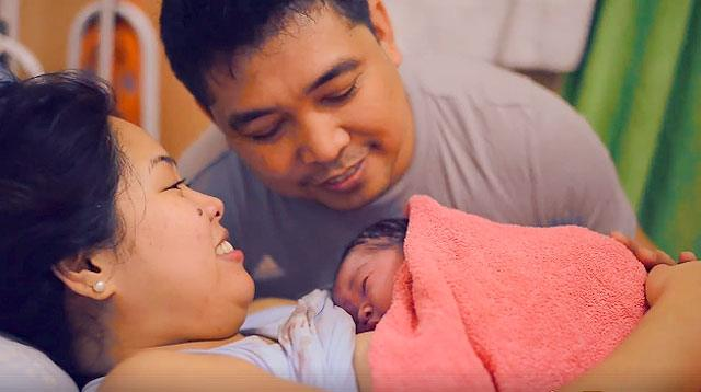 WATCH: The Strength of a Mother Captured During Childbirth