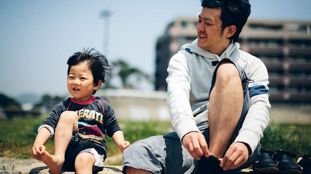 Go, Dad! 5 Lifelong Benefits a Hands-On Dad Can Give His Child