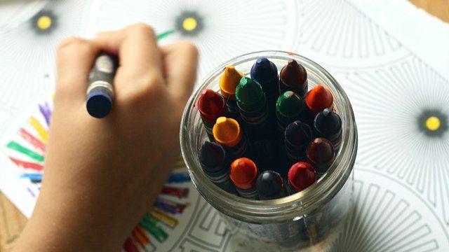 Paano Ko Nahanap ang Tamang Paaralan para sa Aking Anak na May Autism