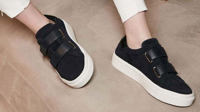 7 Chic Ways You Can Wear Sneakers (in Your 30s, 40s and Beyond!)
