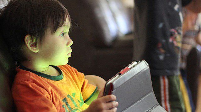 How To Limit Your Child's Gadget Use When He's Had Unlimited Access
