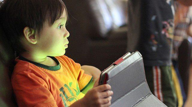 Worried About Screen Time Rules? Well, Don't. What Matters Most Now, Experts Say