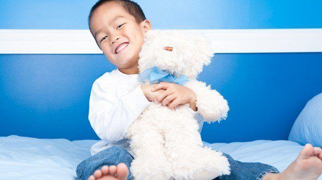 Experts Answer: When Is My Child Too Old for His Stuffed Toy?