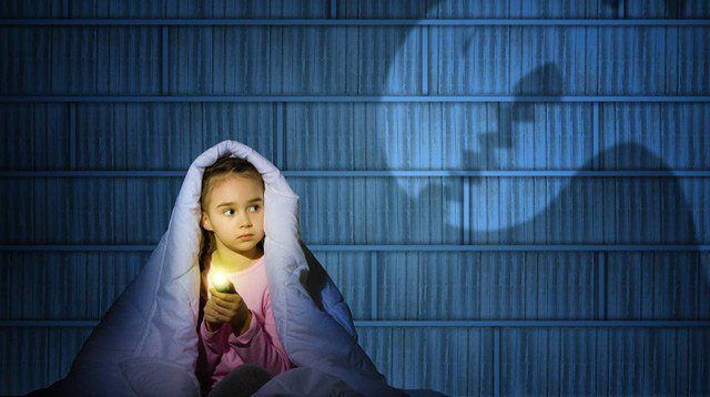 (Scary) Movie Night: 3 Tips to Keep Your Kids from Freaking Out