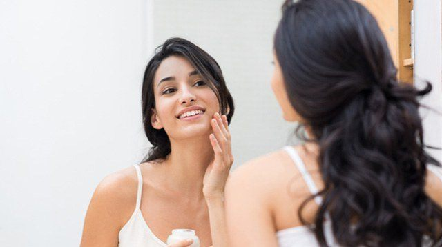 7 Genius (and Tipid) Ways To Use Your Body Lotion