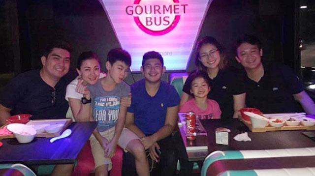 Jodi and Jolo, Pampi and Iwa, and their Kids Spend Family Time in Singapore